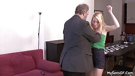 Дві секс сестрою руді секретарки в офісі