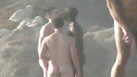 Подружка з великими грудьми секс із сестрою з кожного боку