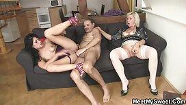 російські жінки Голі в нічному sestra i brat porno клубі