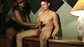 Дівчина порно сестра з братом Дрочит мастурбація