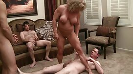 Масаж блондинки порно сестри ножицями